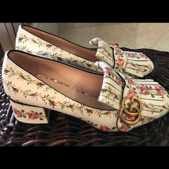 Gucci Shoes - Gucci marmont floral loafers 7db7fb07e